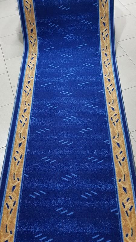 Traversa mocheta albastra